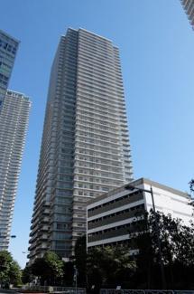 シティの快適とリゾートの快適を併せ持つすまいを実現する「Wコンフォートタワーズ」