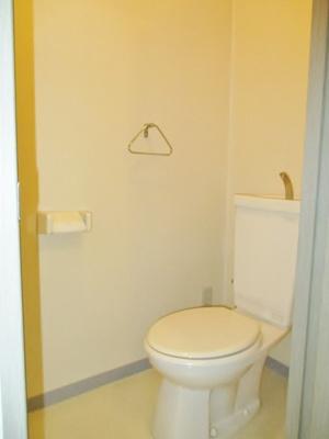 ヴィアーレ警固(2DK) トイレ
