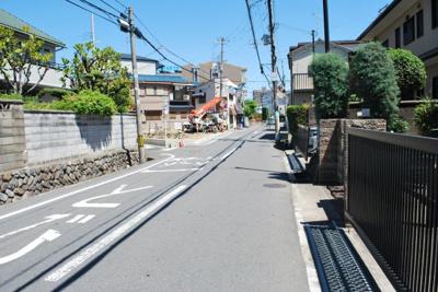 【前面道路含む現地写真】寝屋川市中木田町 新築一戸建