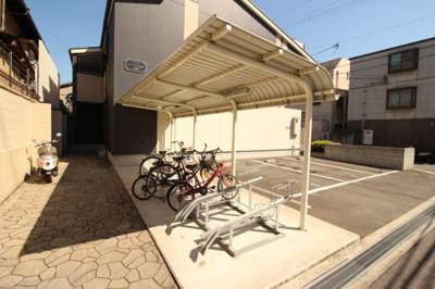 屋根付き駐輪場
