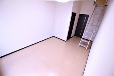 【洋室】リバーサイド金岡七番館