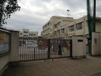 東京都世田谷区羽根木2丁目新築戸建 C号棟 松原小学校学区域です。約500mです。