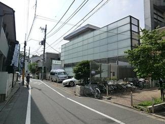 東京都世田谷区羽根木2丁目新築戸建 C号棟 産婦人科の小杉医院です。