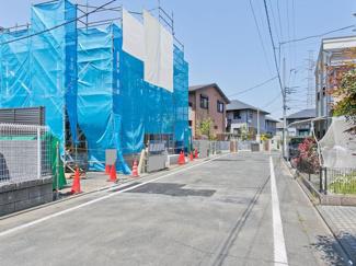 世田谷区宇奈根2丁目 新築分譲住宅 全3棟 【1号棟】前面道路