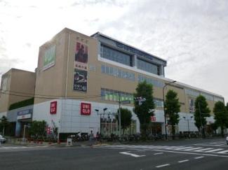 世田谷区千歳台5丁目 新築戸建 ユニクロ