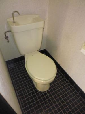 【トイレ】ラジャクラブ01