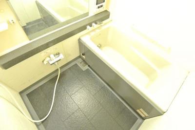 【浴室】リーガル西天満Ⅱ