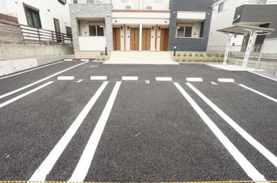 【駐車場】リアン ヴィラ