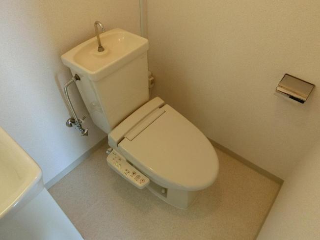 レヴィ八尾南 トイレ