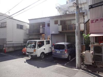 菅長コーポ駐車場