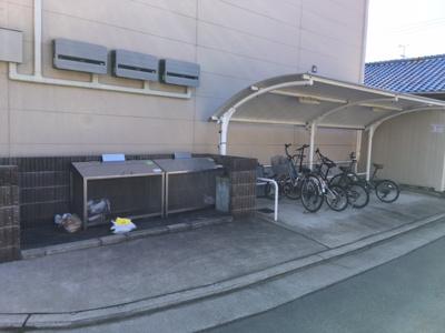 ゴミ置場 駐輪場