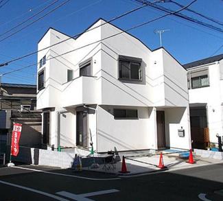 東京都大田区南久が原1丁目借地権付き新築分譲住宅 東南角地なので、日当たり良好です。