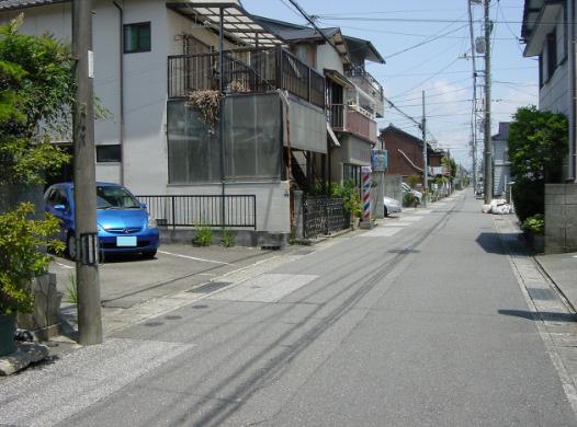 【前面道路含む現地写真】桜井町2