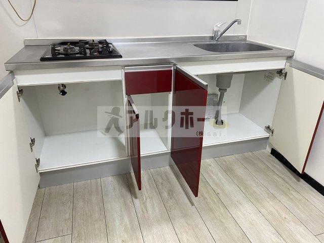ラディーチェ 洋室