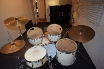 ドラム音楽部屋