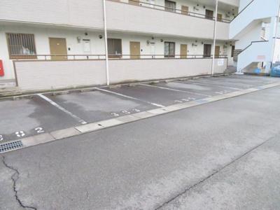 【駐車場】第二柏原マンション