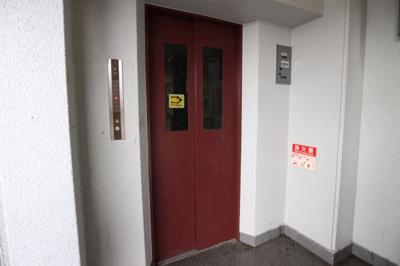 4階からエレベーター