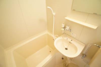 【浴室】アリーナツムラ