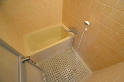 【浴室】オリーブテラス