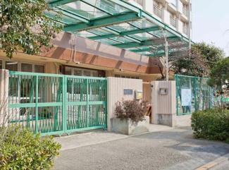 東京都大田区西六郷2丁目新築戸建 1号棟 みどり保育園です。周辺に保育園や学校があるのは安心です。