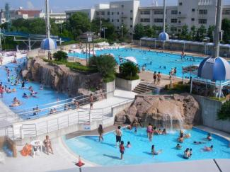 萩中公園プール