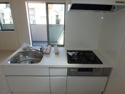 【キッチン】ホワイトハウス甲子園口