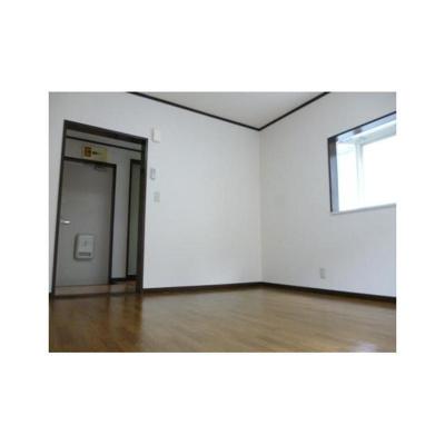 ウィングスの洋室