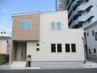 駅徒歩3分。生活便利な戸建住宅 吉川市木売戸建住宅