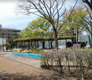 東京都世田谷区北沢5丁目売地 少し歩きますが代々木大山公園があります。