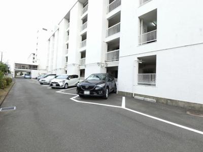 【駐車場】上大岡ハイツA棟