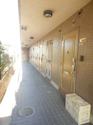 ダイトープラザファーストの共用廊下