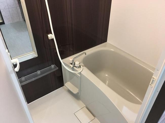 【浴室】アーバンライフ八重瀬