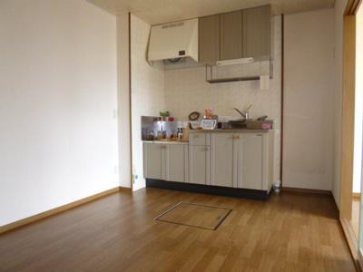 【キッチン】エクセレンテ中畝