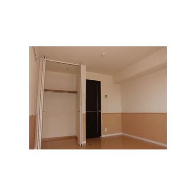 リバーハイツ幕張の洋室