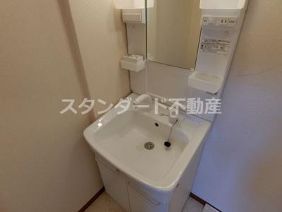 【独立洗面台】メゾンドアヴェルⅢ