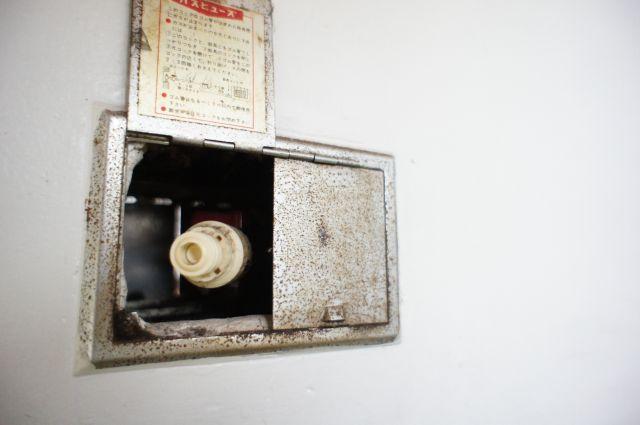ガス暖房が接続できるコンセントで冬はポカポカ&経済的です。