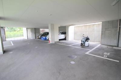 【駐車場】カーザ・サワラビ