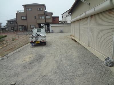 【キッチン】池田市鉢塚2丁目シャッター付き倉庫
