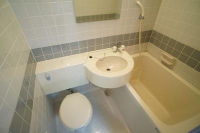 【浴室】ヤングビレッジ平野