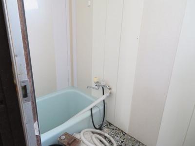 【浴室】柏原貸事務所付住宅