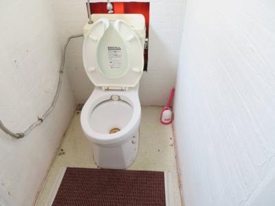 【トイレ】柏原貸事務所付住宅