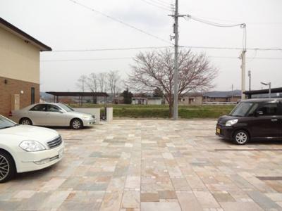 【駐車場】プレジールメゾン2