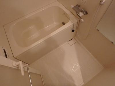 【浴室】グランガーデン足代新町