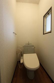 温水洗浄便座設置予定 写真102号室(1F反転タイプ)