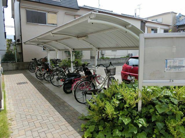 フローラ山本2 駐輪場