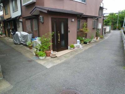 【前面道路含む現地写真】桂上豆田町 テラスハウス
