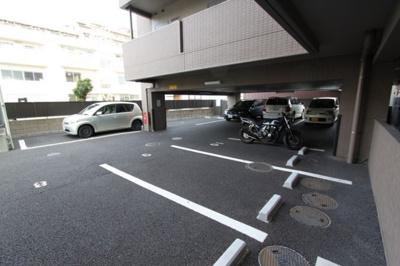 【駐車場】グラン・ドミール新寺