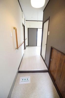 【玄関】ヒルズ神戸