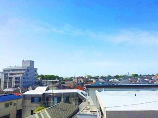 ルーフバルコニーからの眺望、天気がいいと富士山が見えます