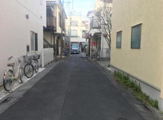 東京都大田区中央8丁目 建築条件付き売地 前面道路です。幅員が4mです。